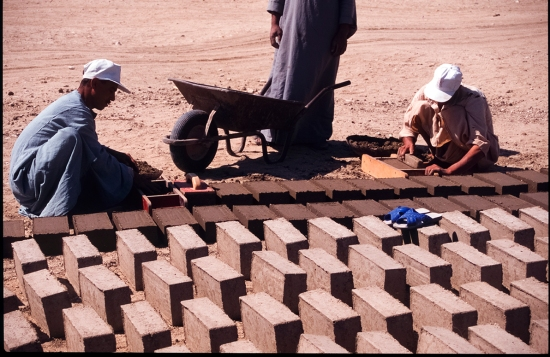 Bricks made by compaction: The technique is slower and requires strongly-made brick moulds (which correspond in size to an average for the ancient bricks). But the result is bricks which are fairly robust and, because of their size, less likely to break when handled.